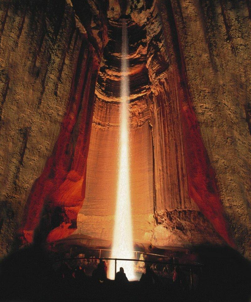 Руби-Фоллс - подземный водопад в США, использующийся преступниками в качестве укрытия
