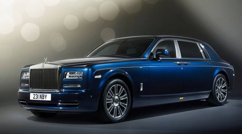 Темно-синий цвет автомобиля