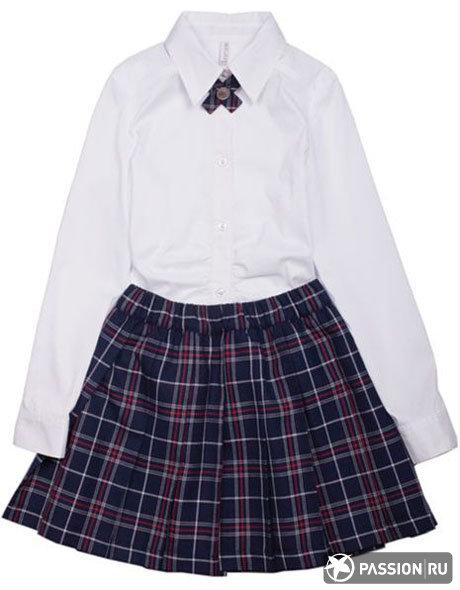 Белая блузка и юбка в клетку