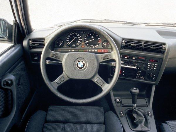 BMW 3-Series. Интерьер 1975-2014