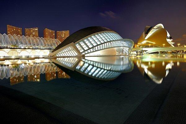 Фото Города искусств и наук в Валенсии, Испания. Большая галерея качественных и красивых фотографий Города искусств и наук, которые Вы можете смотреть на нашем сайте...