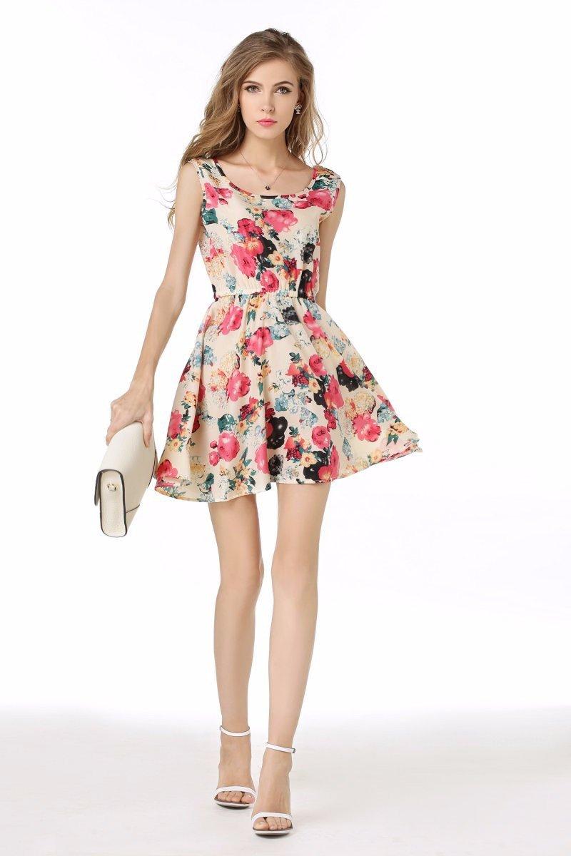 Платья розовые в цветочек
