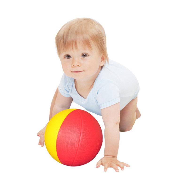 Картинка для детей с мячиком