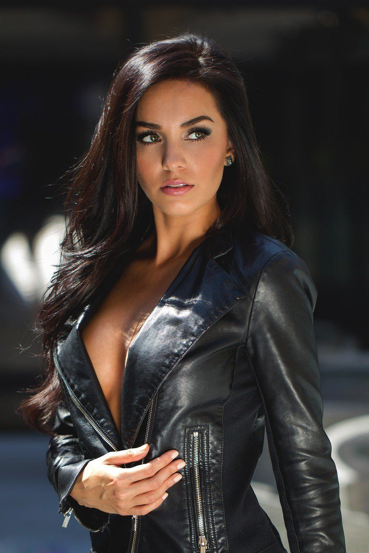 Девушки в кожаных куртках эротическое фото