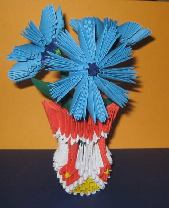 Магазин, цветы из треугольников оригами