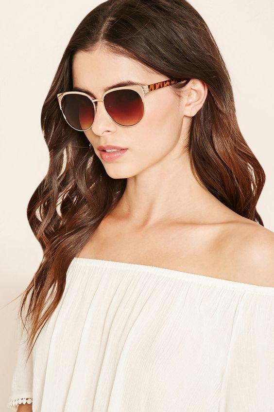 Модные женские солнцезащитные очки  тенденции и тренды 2017 года на фото. Женские  очки от 9889807bf4a