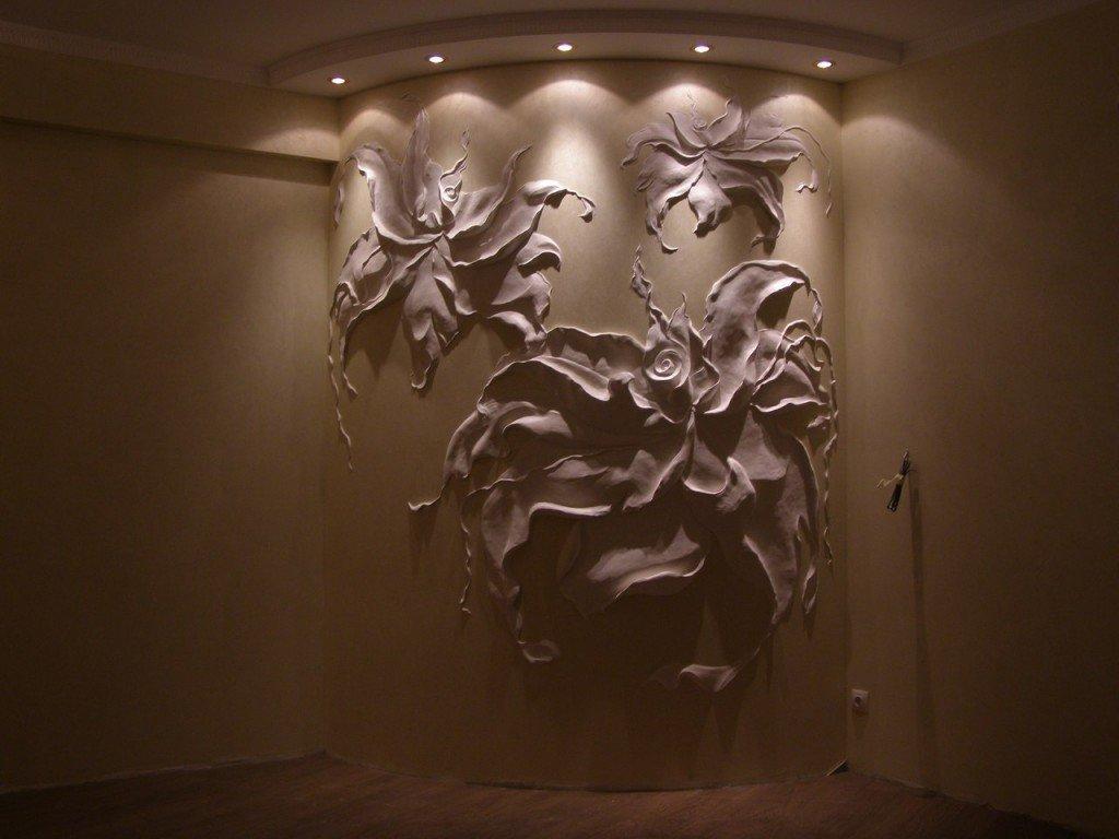 барельефы цветов на стене фото использовать этот
