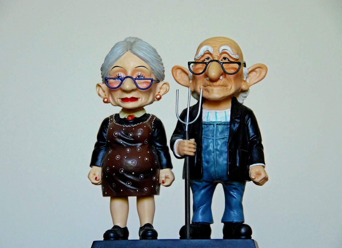 Днем, прикольные картинки дедушка и бабушка