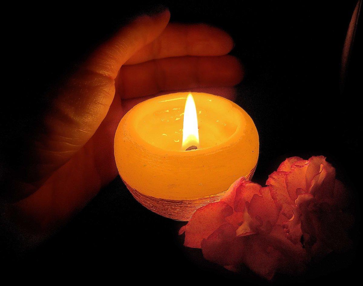 Картинки горит свеча, свет