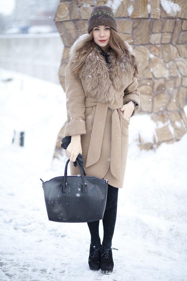 ddb09edac3b7 Что вы предпочитаете носить с приходом холодов – практичную куртку, уютный  пуховик или роскошную шубу