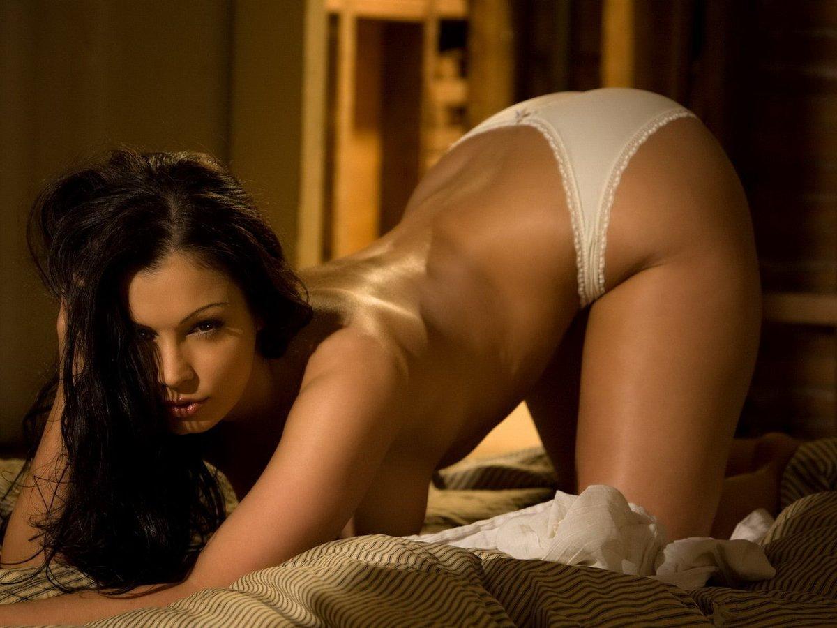 пример, эротические фотоальбомы девушек слышите