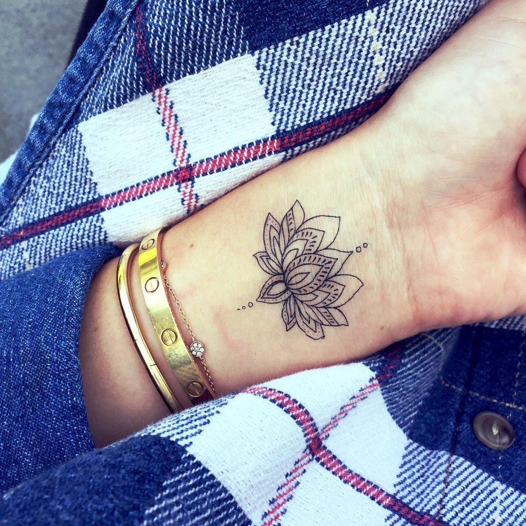 Simple Lotus Flower Tattoo Danielhuscroft Card From User