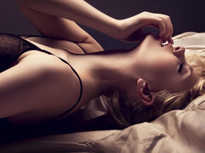 Оргазм у женщин струя очко