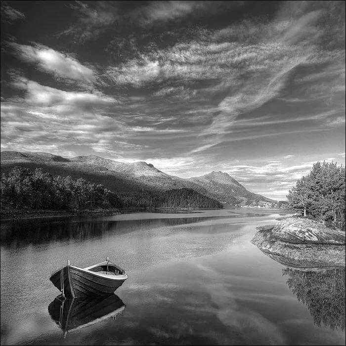 красивые черно белые пейзажи картинки один приём