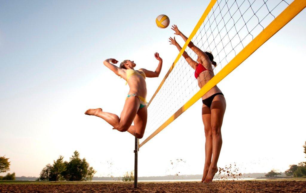 Водопадом, картинки женщины спорт прикол