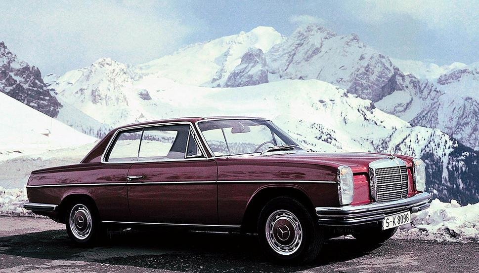Mercedes-Benz W114 / W115— предшественник Ð²ÑÐµÑ ÑÐ¾Ð²Ñ€ÐµÐ¼ÐµÐ½Ð½Ñ‹Ñ Â«ÐœÐµÑ€ÑÐµÐ´ÐµÑÐ¾Ð²Â» E-класса. За всё время производства было выпущено около Ð´Ð²ÑƒÑ Ð¼Ð¸Ð»Ð»Ð¸Ð¾Ð½Ð¾Ð² экземпляров этой модели.