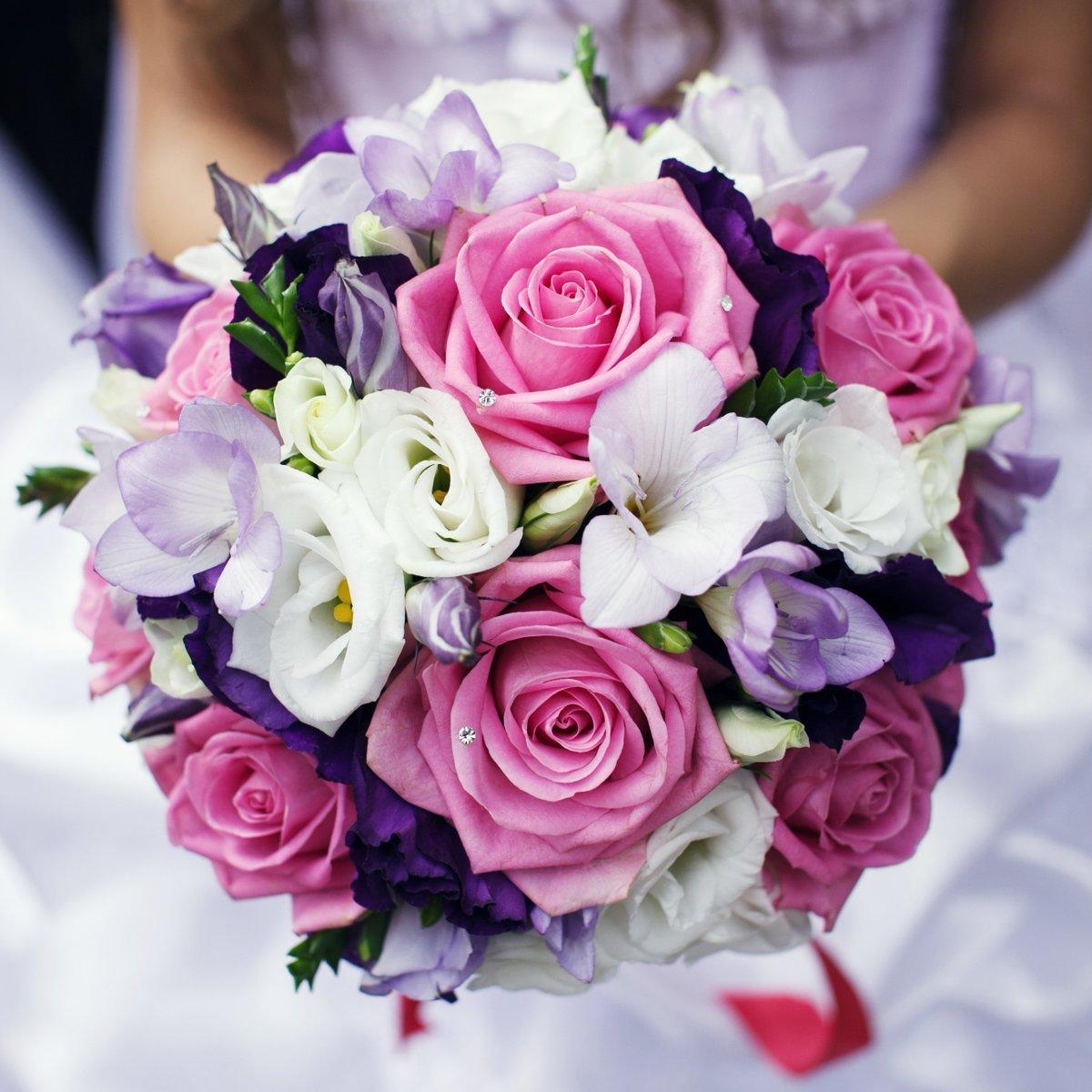 Фиолетовые букеты невесты купить, живые