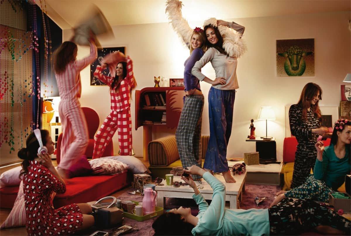 Подружки веселятся домашнее видео 5