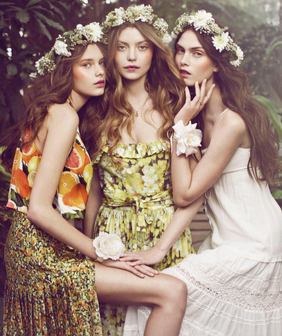 Трое девушек фото #13