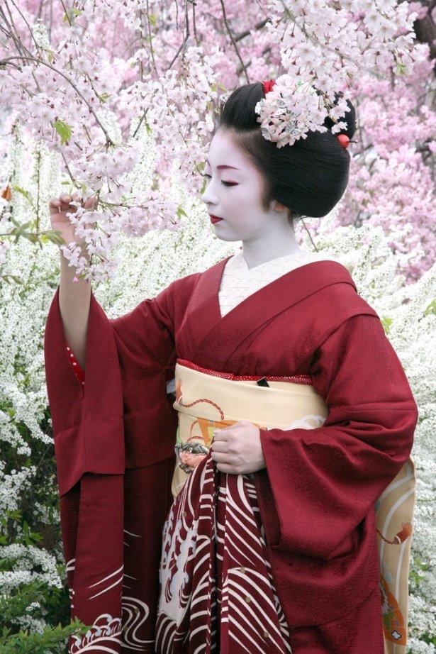 сложно ли подцепить японскую девушку вся была