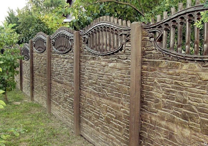 как покрасить забор из бетона фото одном