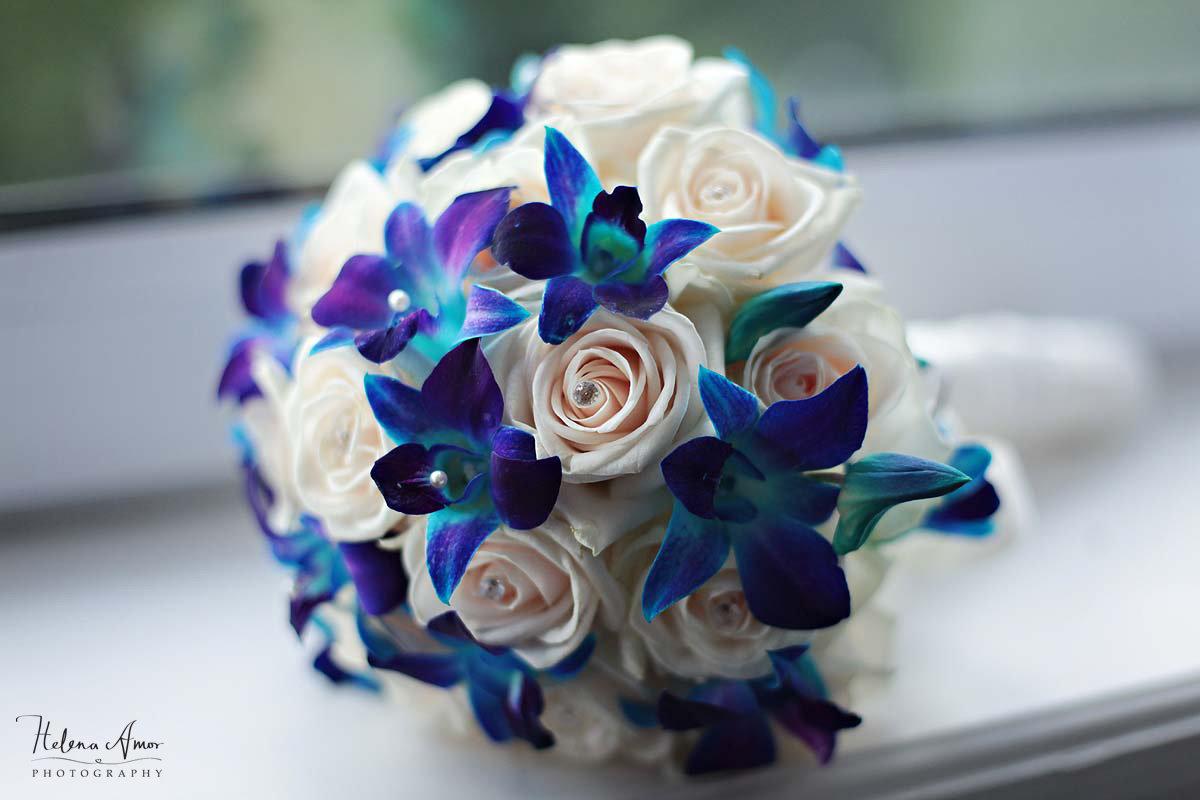 Розы, свадебный синий букет