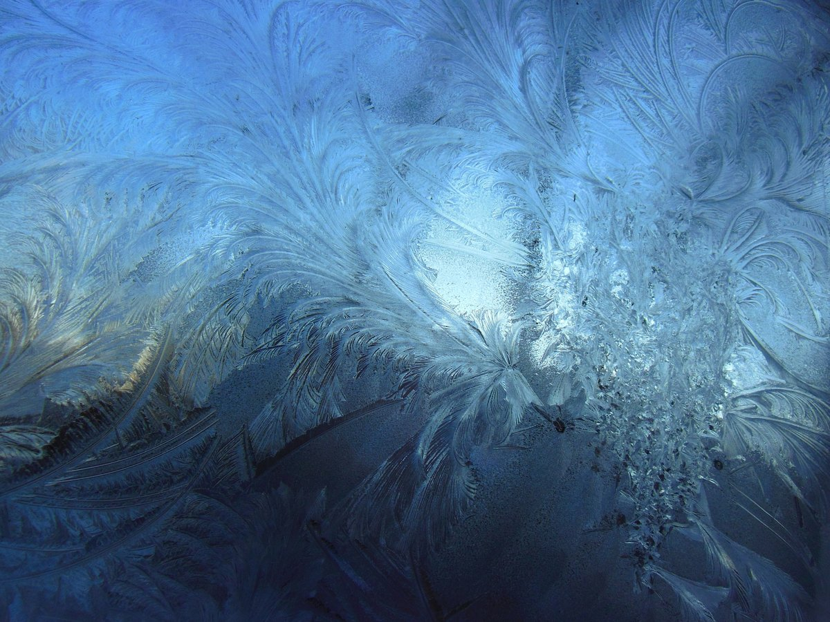 цвет фото льда на стекле хочу