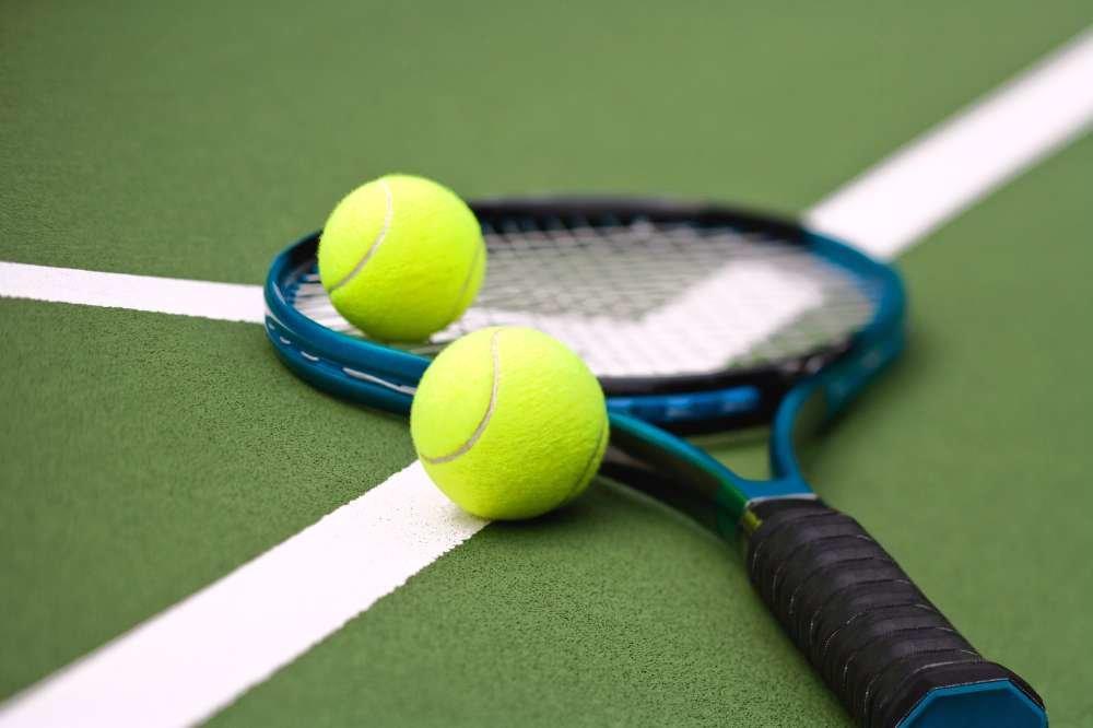 Картинка с теннисом