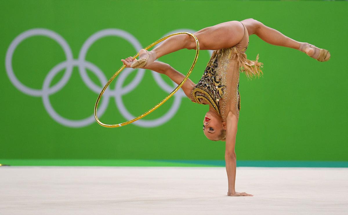 Голая гимнастка ролики действительно