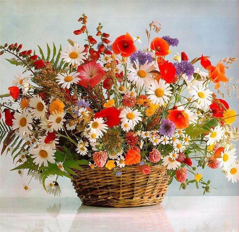 Описание букет полевых цветов