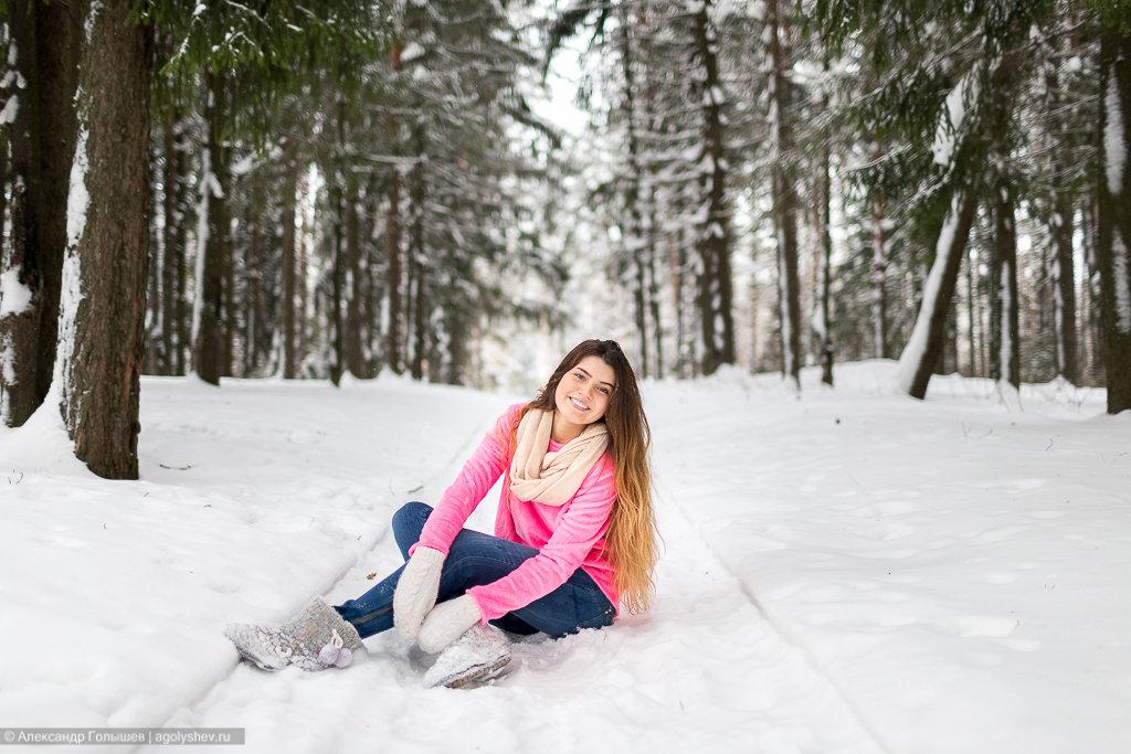позируют на снегу фото впервые