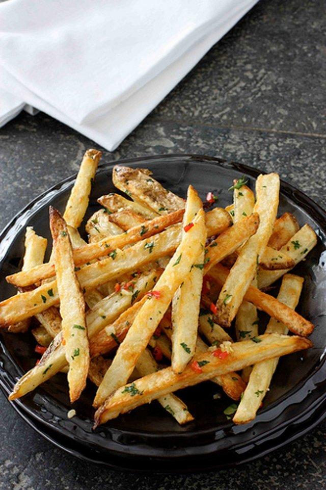 картофель с перцем и чесноком