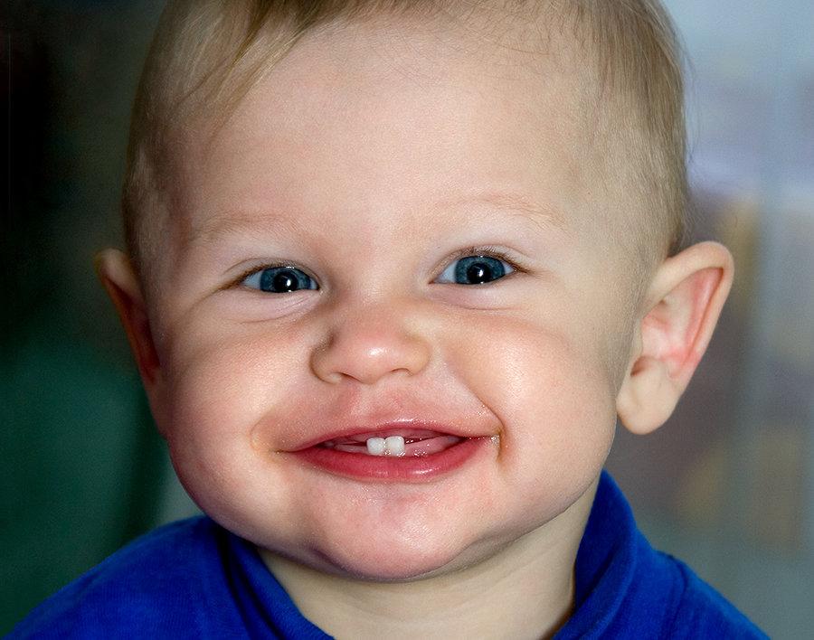 картинки малыш с зубками время акции