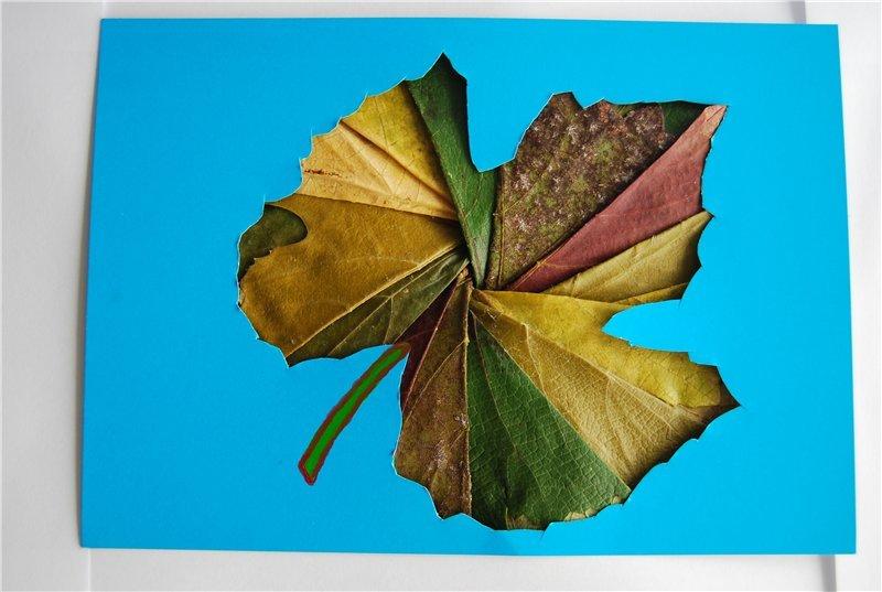 Открытка осень из листьев