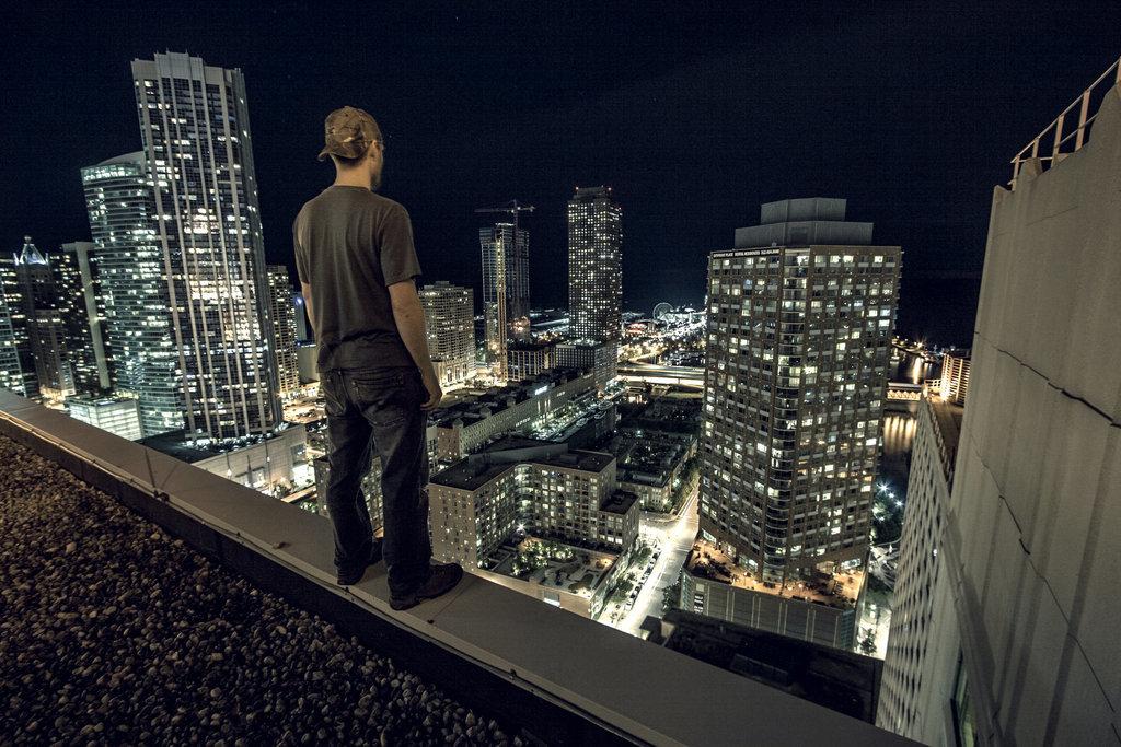 Картинки парни на крышах