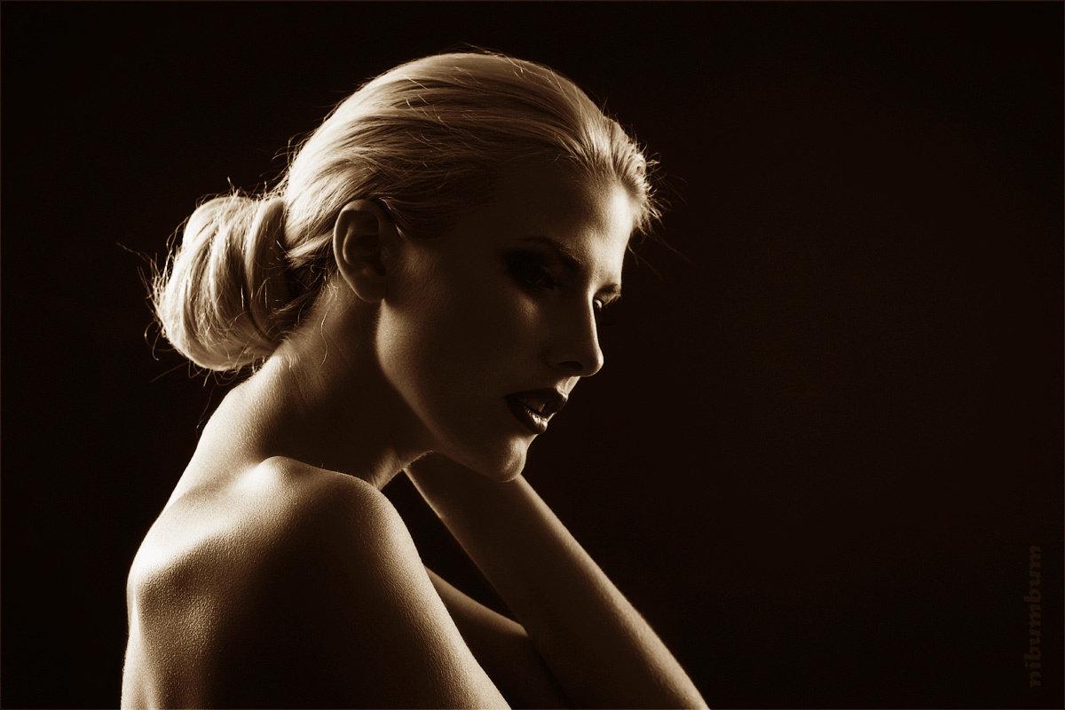 подобные раскраски фото лучших фотографов мира портрет со спины видно, заложен фундамент