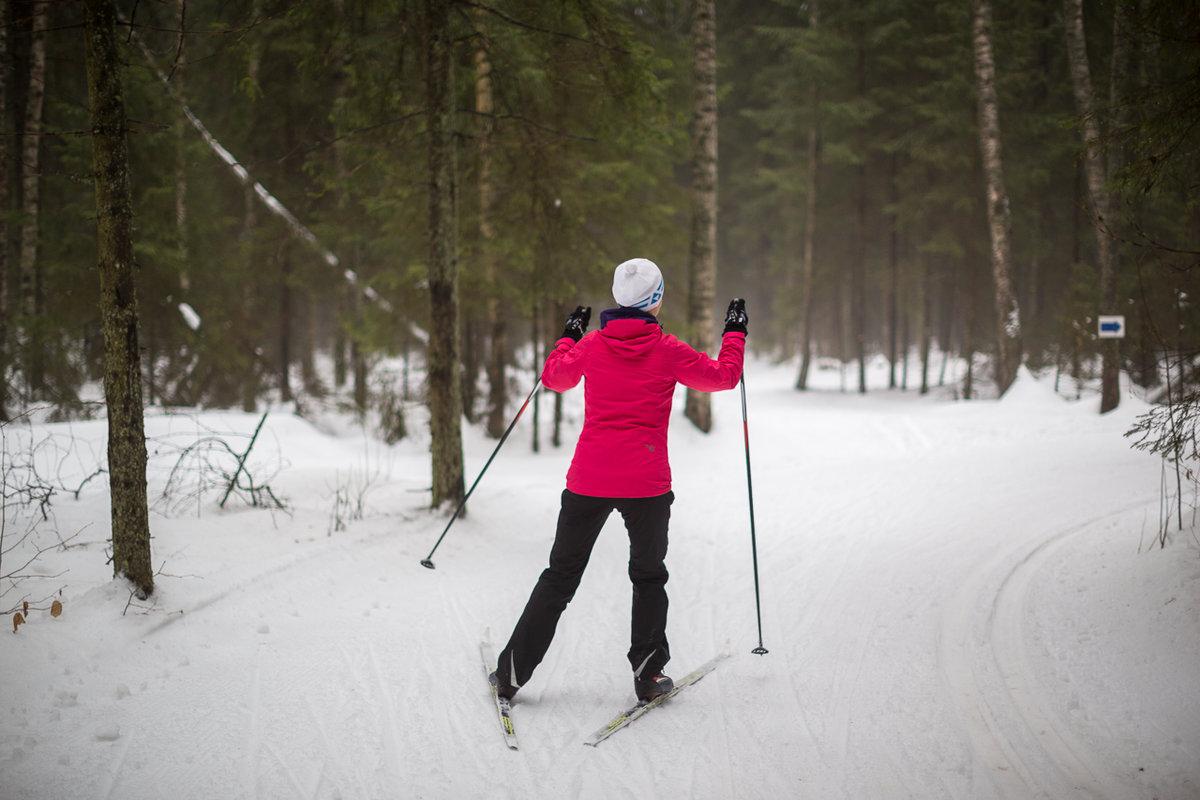 продаже фотосессия в лесу зимой с лыжами курильщиков болезни