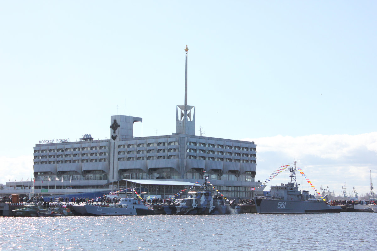 ненавидел фото морского вокзала в санкт-петербурге лук
