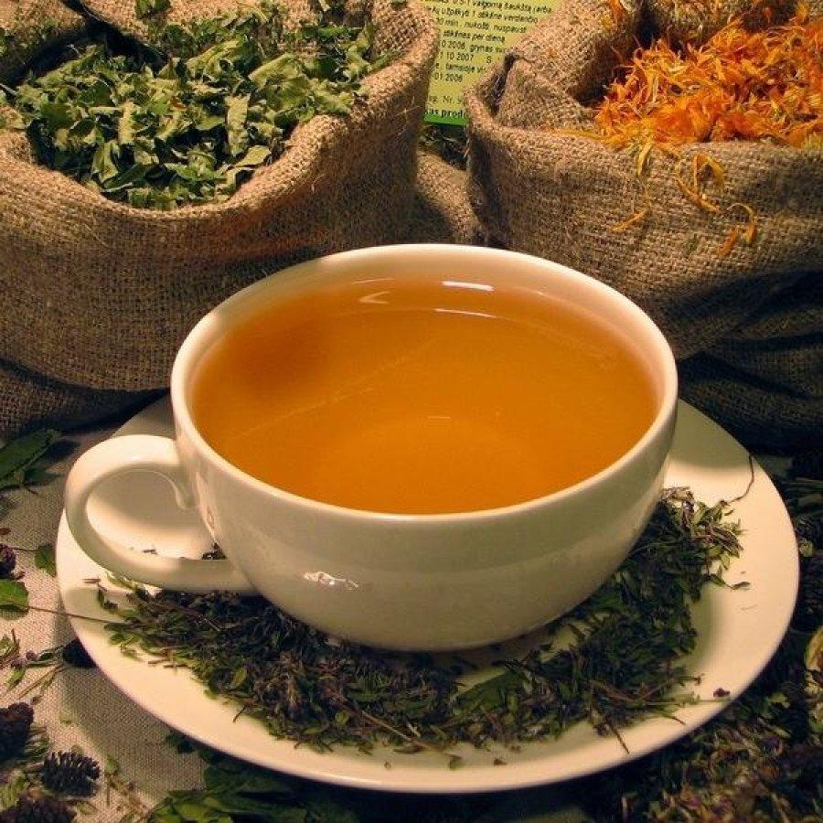 Смотреть Лечебные свойства аниса, рецепты чая, отвара, настоя и настойки на водке, противопоказания видео
