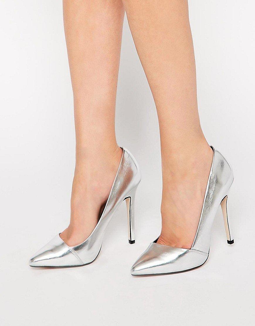 С чем носить серебряные туфли фото