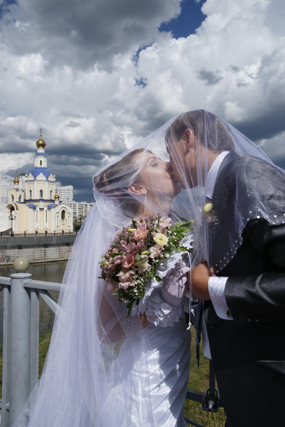 повелось, фото моей свадебной жены множественными