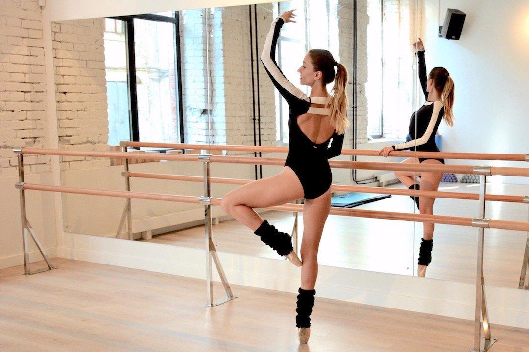 kak-treniruyutsya-balerini-video