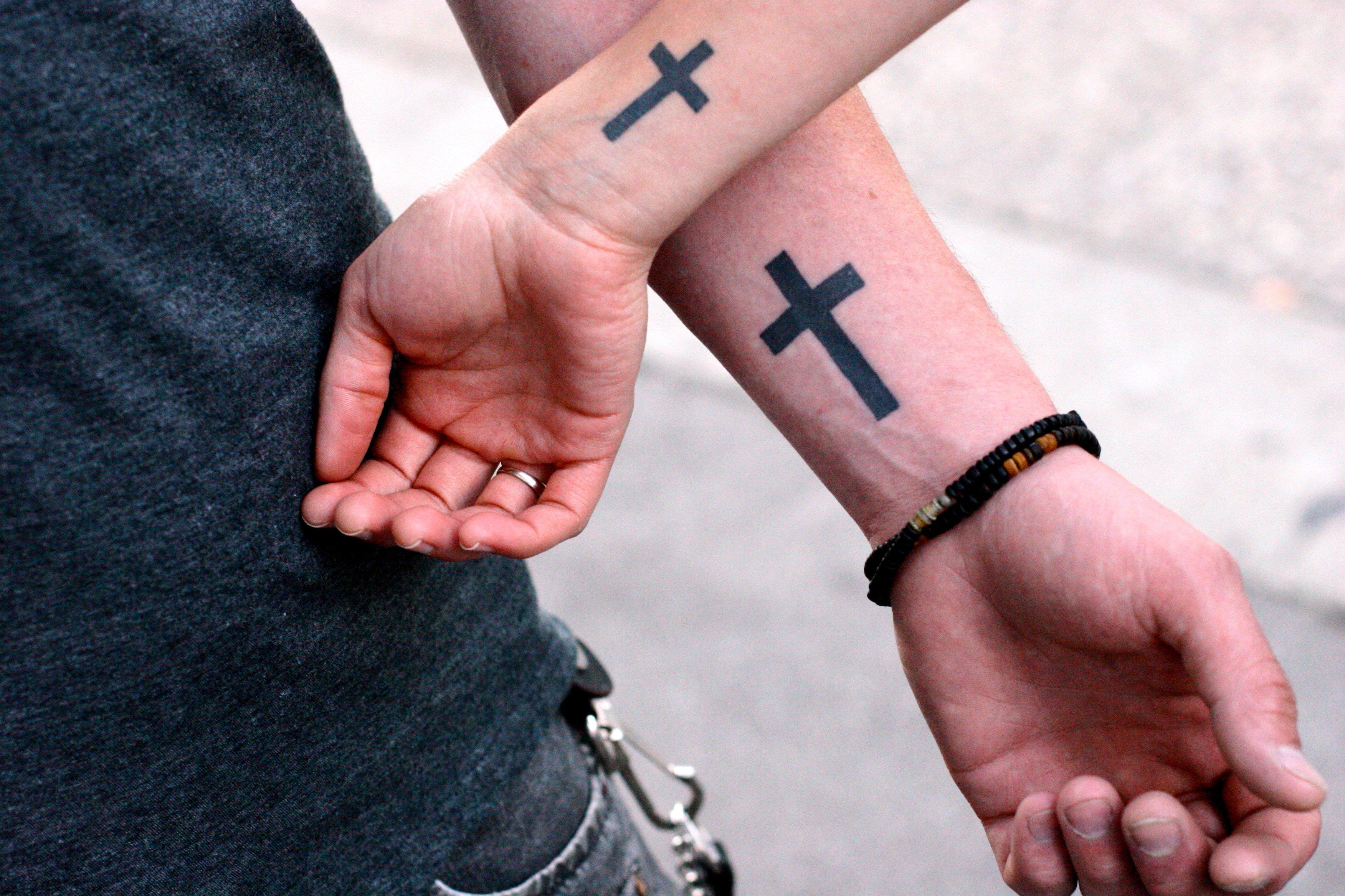 Значение крестов татуировка для девушки