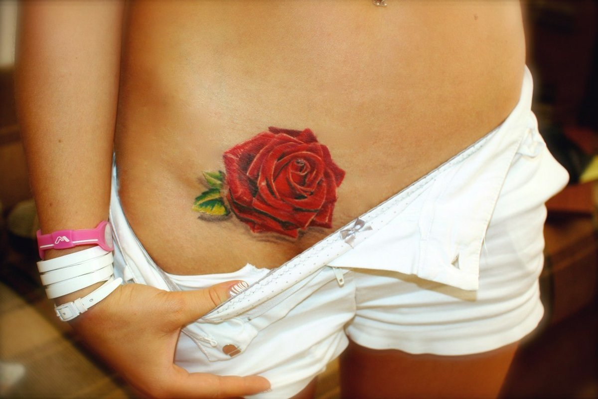 Тату на интимных частях тела фото, картинки девушка намазана взбитыми сливки попа грудь