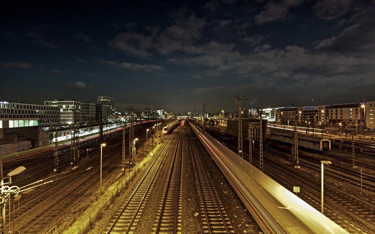 ночной город железнодорожный фото моего