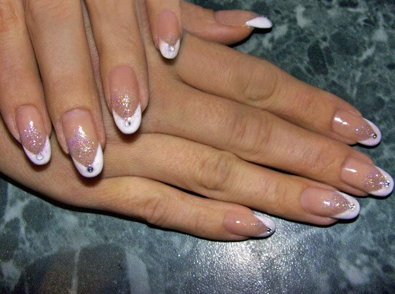 картинки нарощенных ногтей овальной формы фото пригласительное новый год