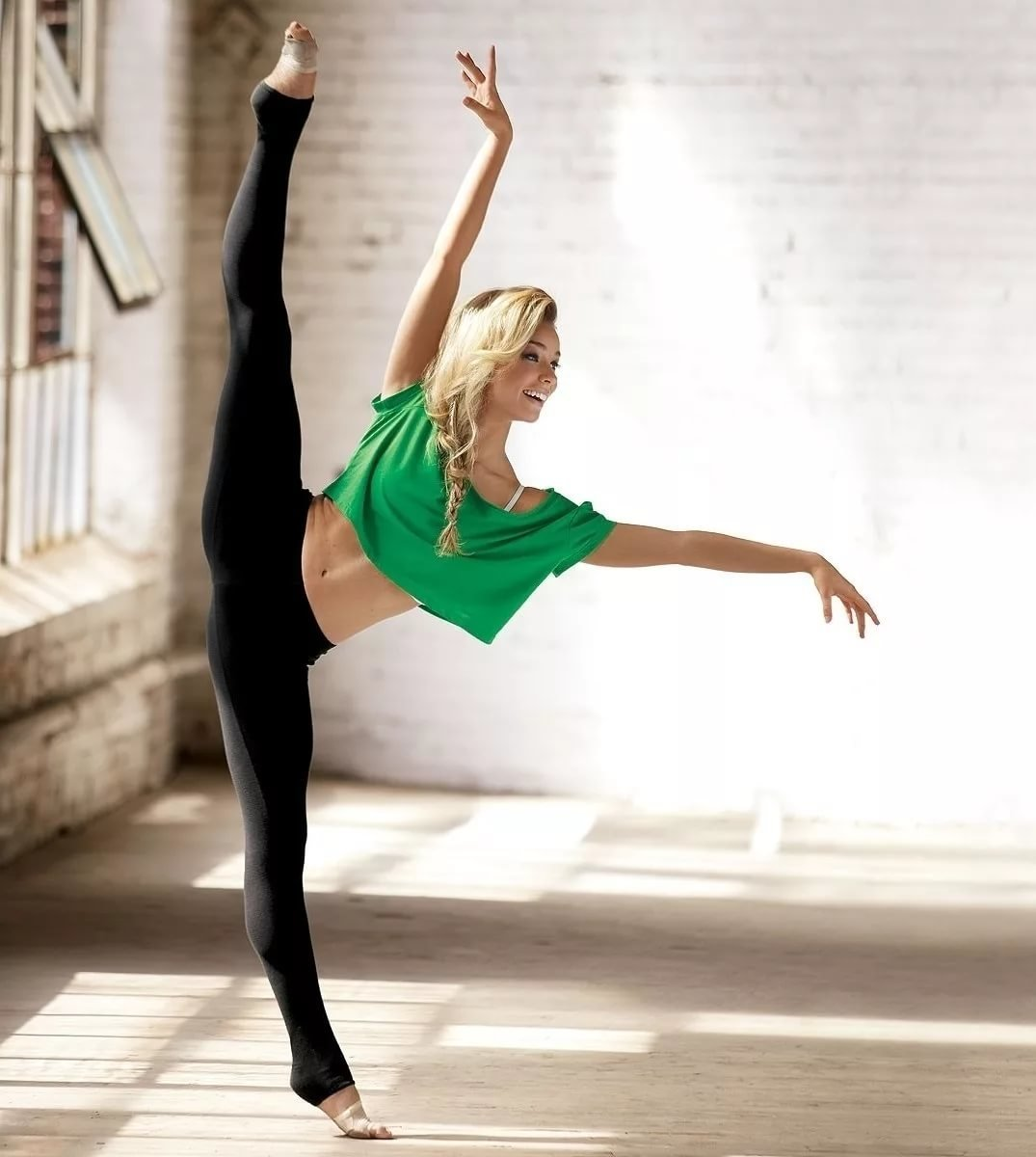 балерины и гимнастки права
