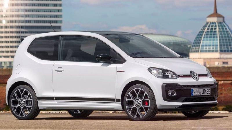 Volkswagen Up GTI. Разгон с места до «сотни» занимает 8,8 секунды, максимальная скорость почти достигает 200 километров в час.