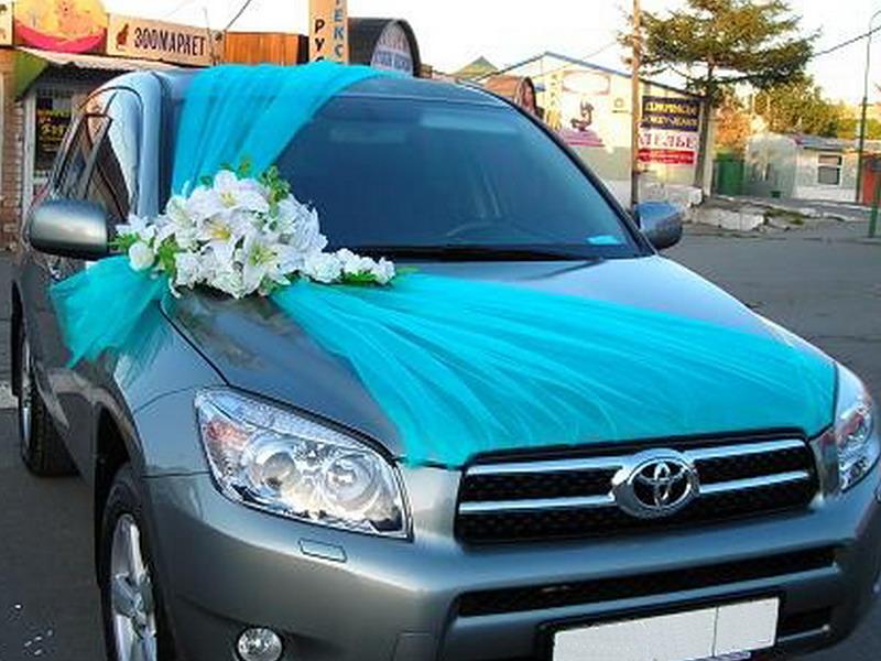 Украсить машину на свадьбу тканью 59