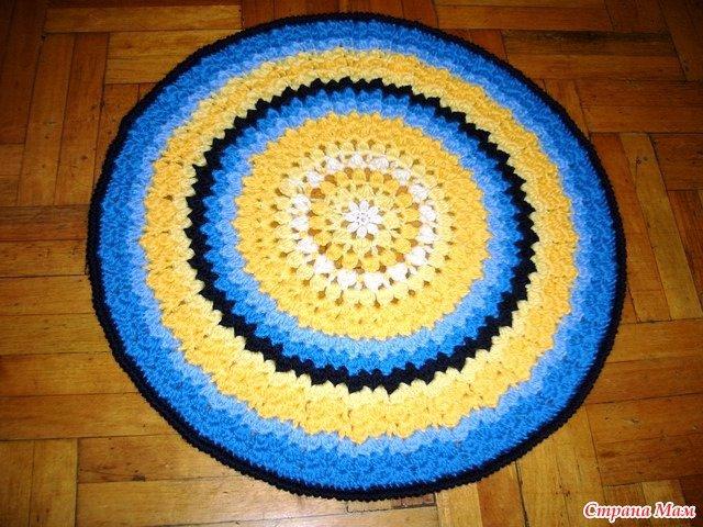Вязание круглых ковриков крючком для начинающих Как связать коврик на стул крючком или половик схемы